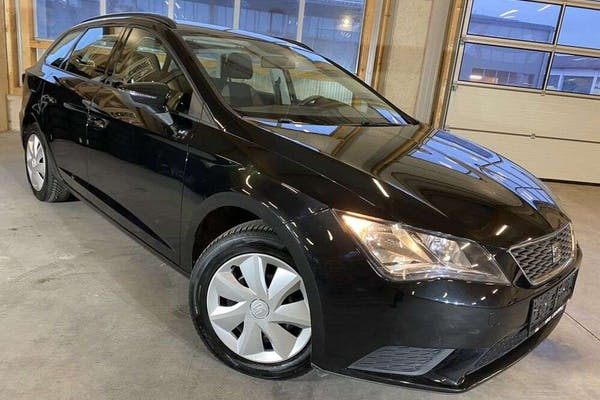 "SEAT Leon ST 1,6 TDI Reference""Navi*PDC*Tempom*Freispr"" bei Kfz Lechner GmbH in"