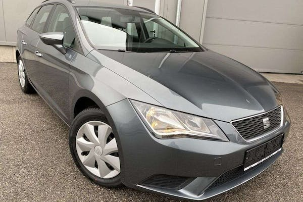 "SEAT Leon ST 1,6 TDI Reference""Navi*Freispr*PDC*Tempoma bei Kfz Lechner GmbH in"